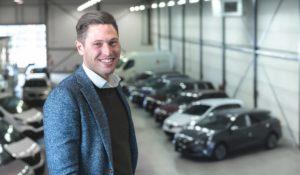 Oprichter van Autosociaal Roy Roelofs wil ondernemerschap binden aan de klant van het autobedrijf. De jonge ondernemer heeft een app ontwikkeld die gericht is op direct en effectief klantcontact.