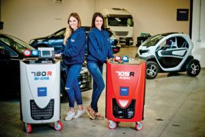 """""""Een machine die beide gassen aankan, zoals de Texa 780 R Bigas (gehomologeerd door Mercedes), is voordelig in aanschaf en in onderhoud en service"""", zegt Explora. Met het Airco Service Concept helpt Explora ook met de uitstraling."""