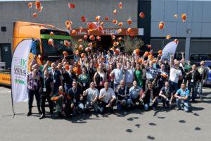 Tien beroepschauffeurs hebben zich gekwalificeerd voor de grote landelijke finale van het NK Veiligste Chauffeur op 9 juni. De halve finale vond afgelopen zaterdag plaats tijdens de kennisdag in Beesd, waar de honderd veiligste chauffeurs van Nederland acte de présence gaven.
