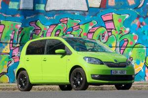 In de nieuwverkoop blijven de kleine auto's het populairst, bij occasions gaat het vooral om een slagje grotere modellen waarvan er heel wat uit het buitenland moeten worden gehaald.