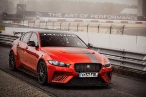 Formule 1-techniek van NTN-SNR voor Jaguar