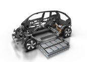 Waarom worden elektrische auto's niet lichter?