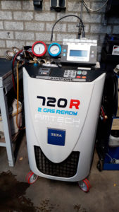 Aircoservice-auto-onderhoud-AMT-3-combi-apparaat-texa-720r