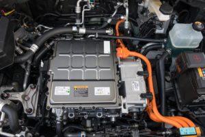 """""""In onze werkplaats is 10 procent van de auto's elektrisch"""""""