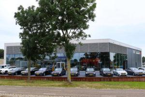 Autobedrijf Marco van Beek gelooft in toekomst ondanks telematica